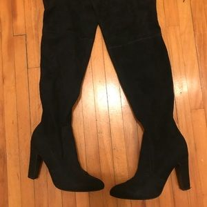 Black thigh high boots! 4 inch heels